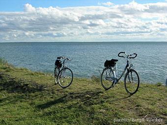 Auf tollen Radwegen Fahrradtouren in alle Richtungen (Quelle: pixelio, Foto: Birgit Winter)
