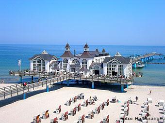 Der Strand des Ostseebads Sellin (Quelle: Wikipedia)